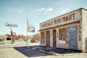 No Mohawk Groceries