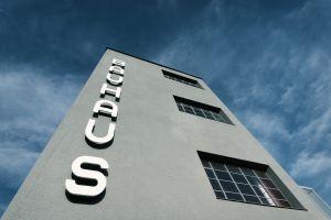Bauhaus Sideview